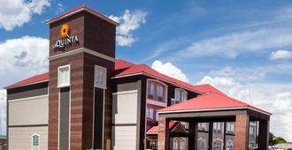 La Quinta Inn & Suites by Wyndham Midland North - Midland