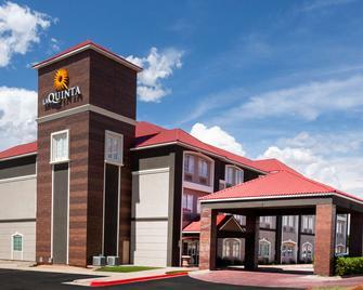 La Quinta Inn & Suites by Wyndham Midland North - Мидленд - Здание