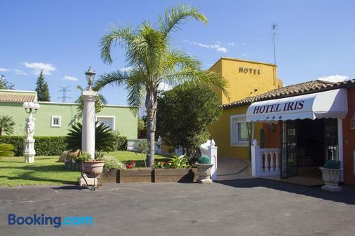 Hotel Iris La Eliana - Valencia - Building