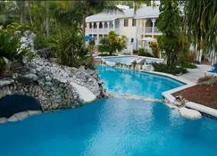 Sunrise Beach Club and Villas - Nassau - Piscine