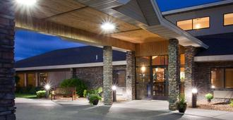 AmericInn by Wyndham Thief River Falls - Thief River Falls
