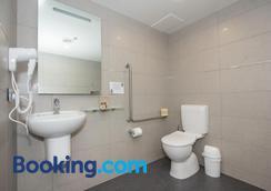 Alexis Motels & Apartments - Queenstown - Bathroom