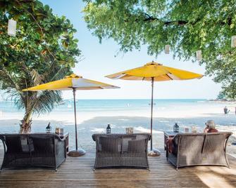 Vongdeuan Resort - Ko Samet - Strand