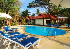 Lanta Nice Beach Resort - Ko Lanta - Pool