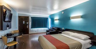 Motel 6 Missoula - University - Missoula - Bedroom