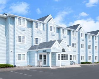 Microtel Inn & Suites by Wyndham Rapid City - Rapid City - Edificio