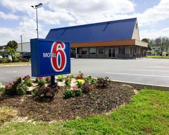 Motel 6 Wildwood, FL - Wildwood - Building