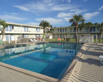 Motel 6 Wildwood. Fl - Wildwood - Bazén