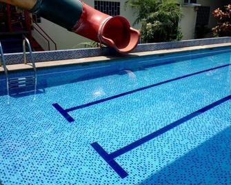 MundialCity Hotel Guayaquil - Guayaquil - Bể bơi