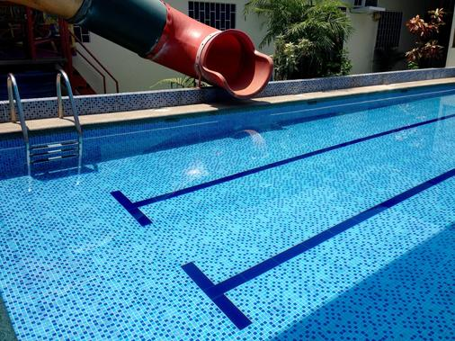 MundialCity Hotel Guayaquil - Guayaquil - Pool