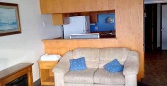 Seagull Beachfront Inn - Lincoln City - Living room