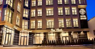 Kiroff Hotel - חארקיב - בניין