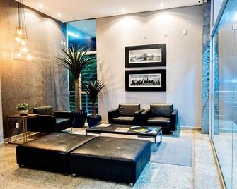 Premium Executive Hotel Itabira - Itabira - Lobby