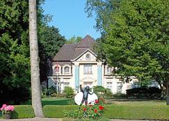 Gästehaus Schloss Bothmer - Schwarmstedt - Edificio