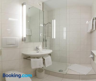 Domus Hotel - Munich - Phòng tắm