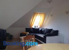 Fewo Zur Ilmenau - Luneburg - Living room
