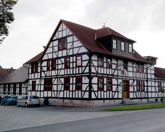 Landhotel Zur Krone - Tiefenort - Edificio