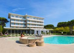 Hotel San Marco - Bibione - Building