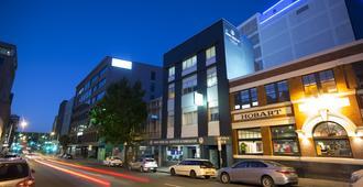 Hobart Central Yha - הובארט - בניין