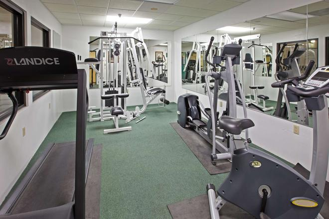 Country Inn & Suites by Radisson, Elkhart, IN - Elkhart - Gym
