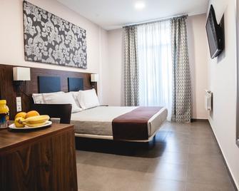 City Hotel Alger - Algier - Schlafzimmer