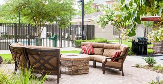 Staybridge Suites Houston West/Energy Corridor - Houston - Patio