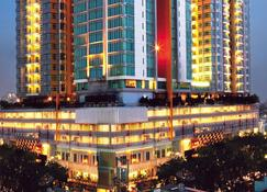 Cambridge Hotel Medan - Medan - Edificio