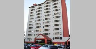Comfort Inn Joinville - Joinville