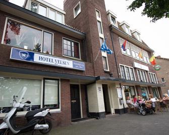 Hotel Velsen - IJmuiden - Building