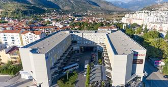 City Hotel Mostar - Mostar - Outdoors view