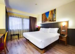 Hotel Maisonnave - Pamplona - Habitación