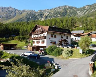 Alpengasthof Köfels - Umhausen - Edifício