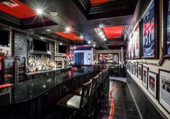 Howard Johnson by Wyndham, Hershey - Hershey - Bar