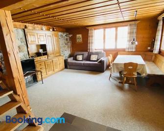 am Gatter Wisli - Triesenberg - Living room