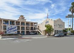 Edgewater Inn And Suites - Pismo Beach - Bina