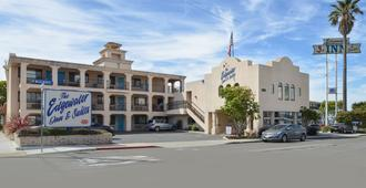 Edgewater Inn And Suites - Pismo Beach - Building