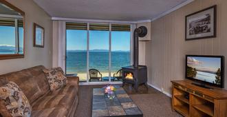 Tahoe Lakeshore Lodge & Spa - South Lake Tahoe - Oturma odası
