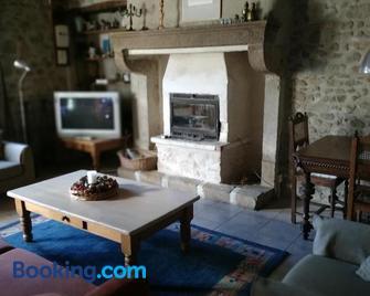 Mouly, een hemeltje op aarde - Saint-Gervais-d'Auvergne - Living room