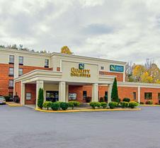 Quality Inn and Suites Lexington near I-64 and I-81