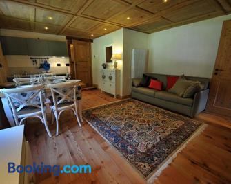Historic Residenze Loo Bach - Gressoney-Saint-Jean - Living room