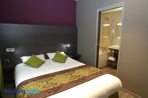 Hôtel De Bourgogne - Mâcon - Bedroom