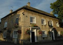 Corncroft Guest House - Witney - Building