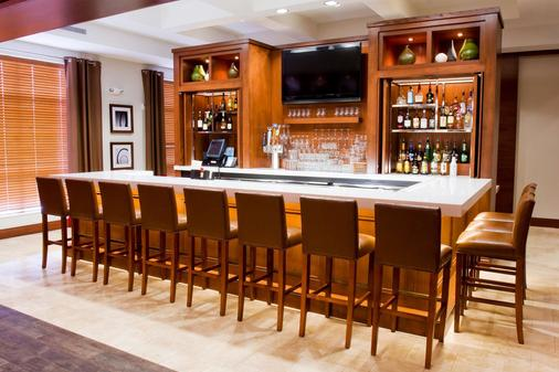 DoubleTree by Hilton Hotel Raleigh - Cary - Cary - Bar