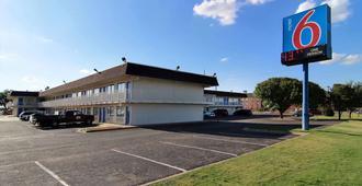 Motel 6 Lubbock - Lubbock - Edificio