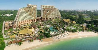 Centara Grand Mirage Beach Resort Pattaya - Pattaya - Edificio