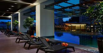 V E Hotel & Residence - Kuala Lumpur - Pool