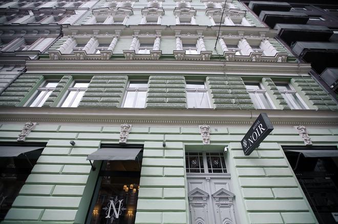 Hotel Noir - Prague - Building