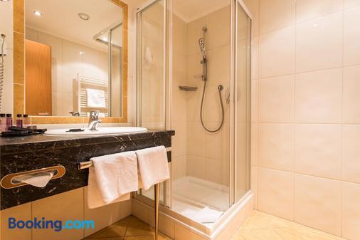 Hotel Alpenaussicht - Obergurgl - Bathroom
