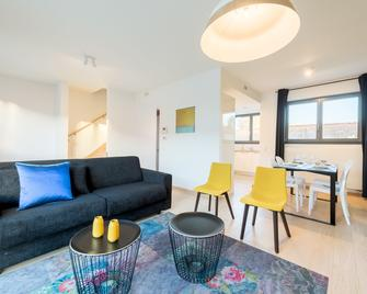 Smartflats Design - Bella Vita - Waterloo - Living room