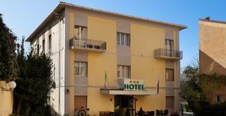 Parking Hotel Giardino - Livorno - Edificio